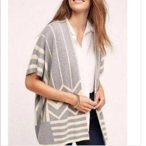 La Fee Vert Chevron Print Grey White Knit Cover